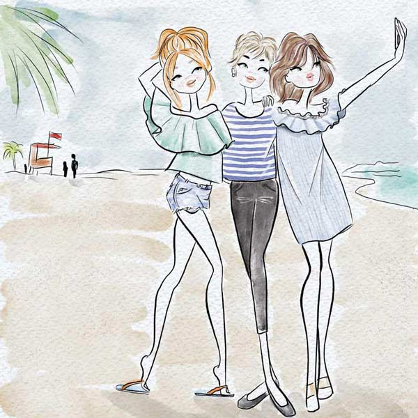 friends-at-the-beach-selfie-travel-vacation